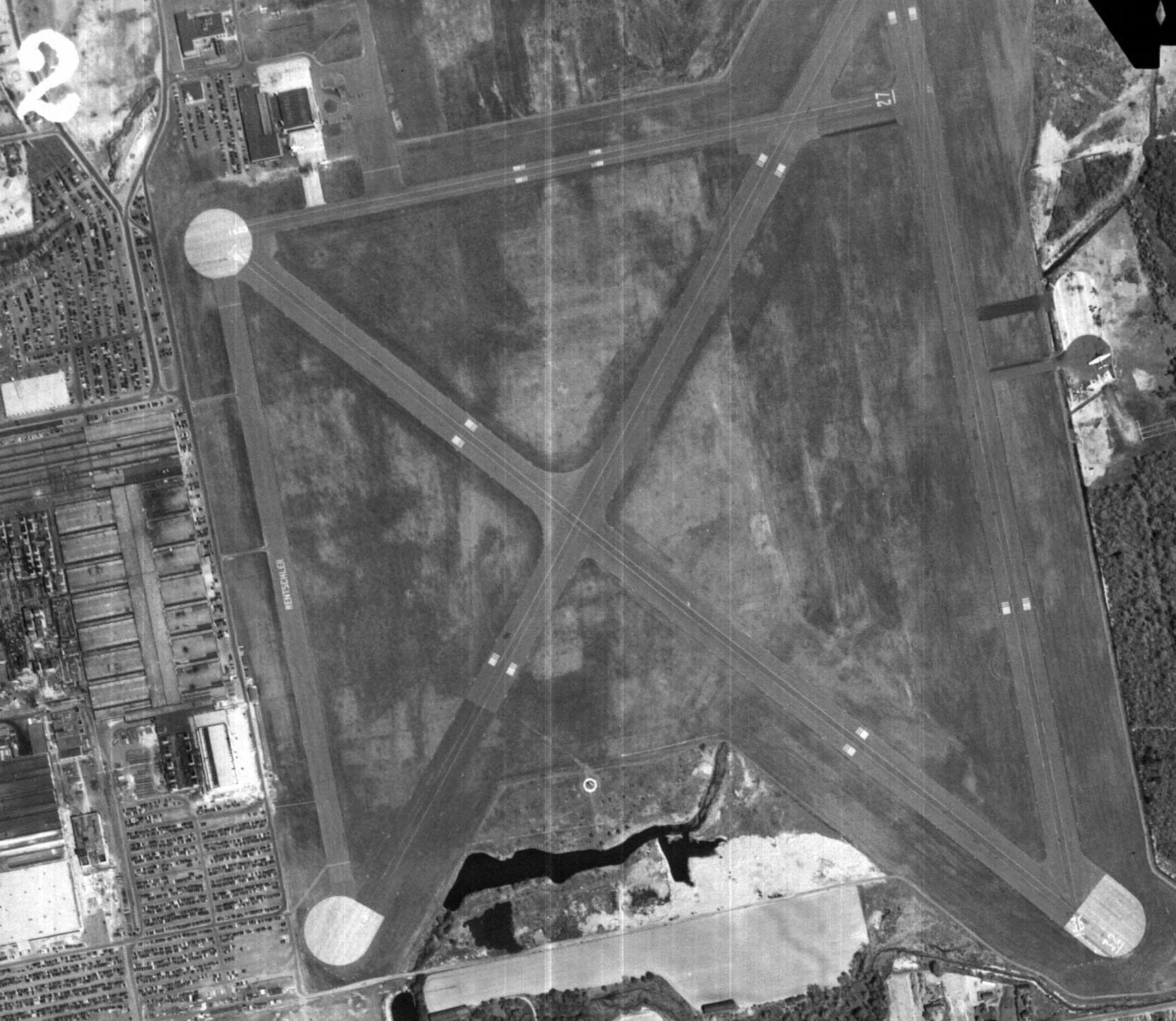 Abandoned & Little-Known Airfields: Central Connecticut